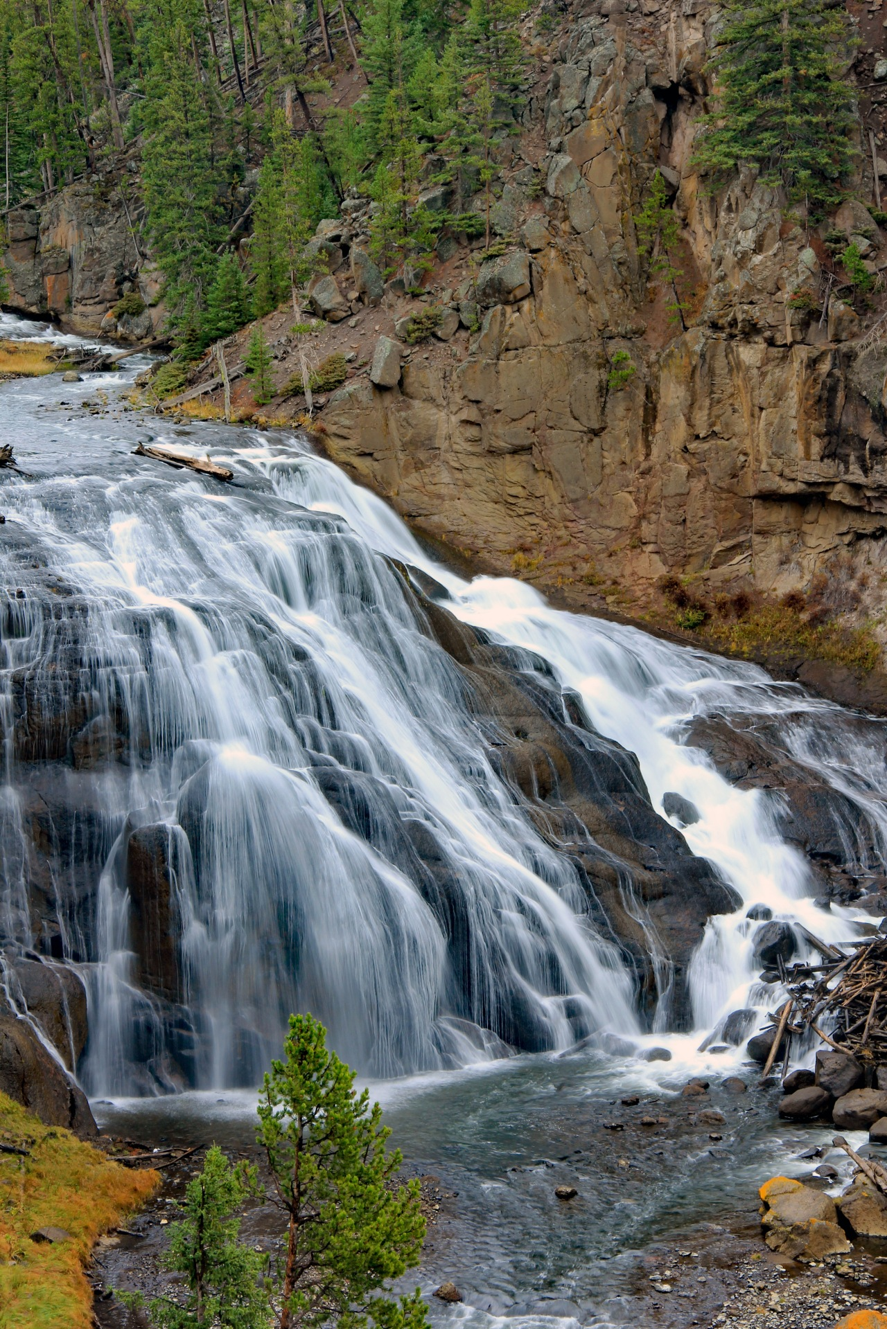 Gibbon Falls 1