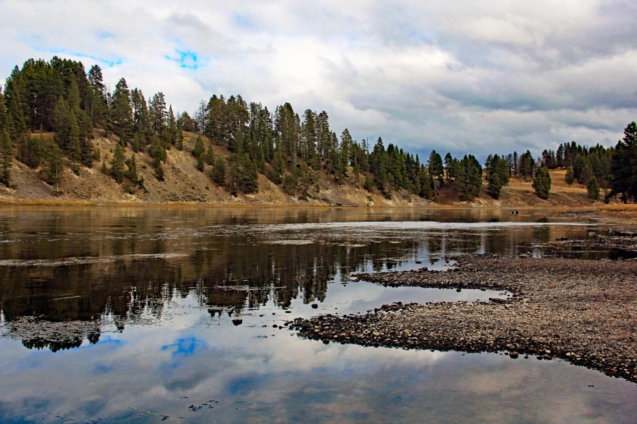 Yellowstone river2