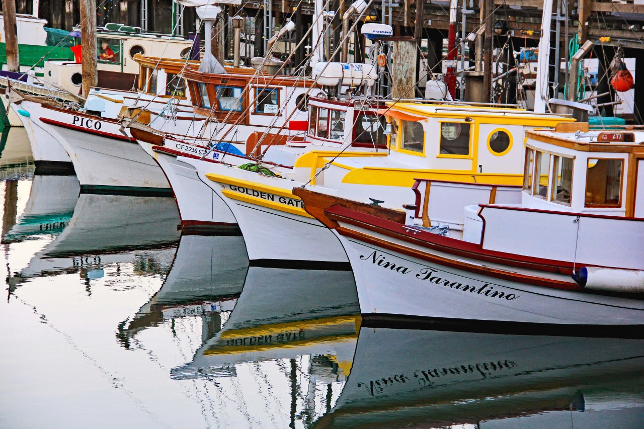 4 boats fishermans wharf