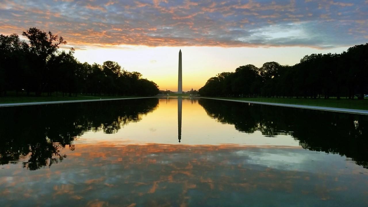 Sunrise Wash Monument
